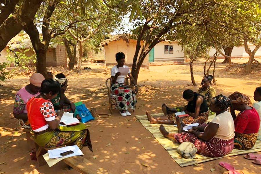New Life Center in Zambia - Bible Study